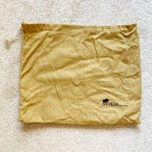Tan burlap-style fabric Bagheera dust bag